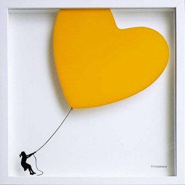 Balloon Heart on Glass SHOCK YELLOW